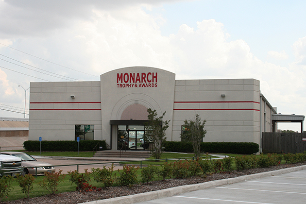 Monarch Trophy5